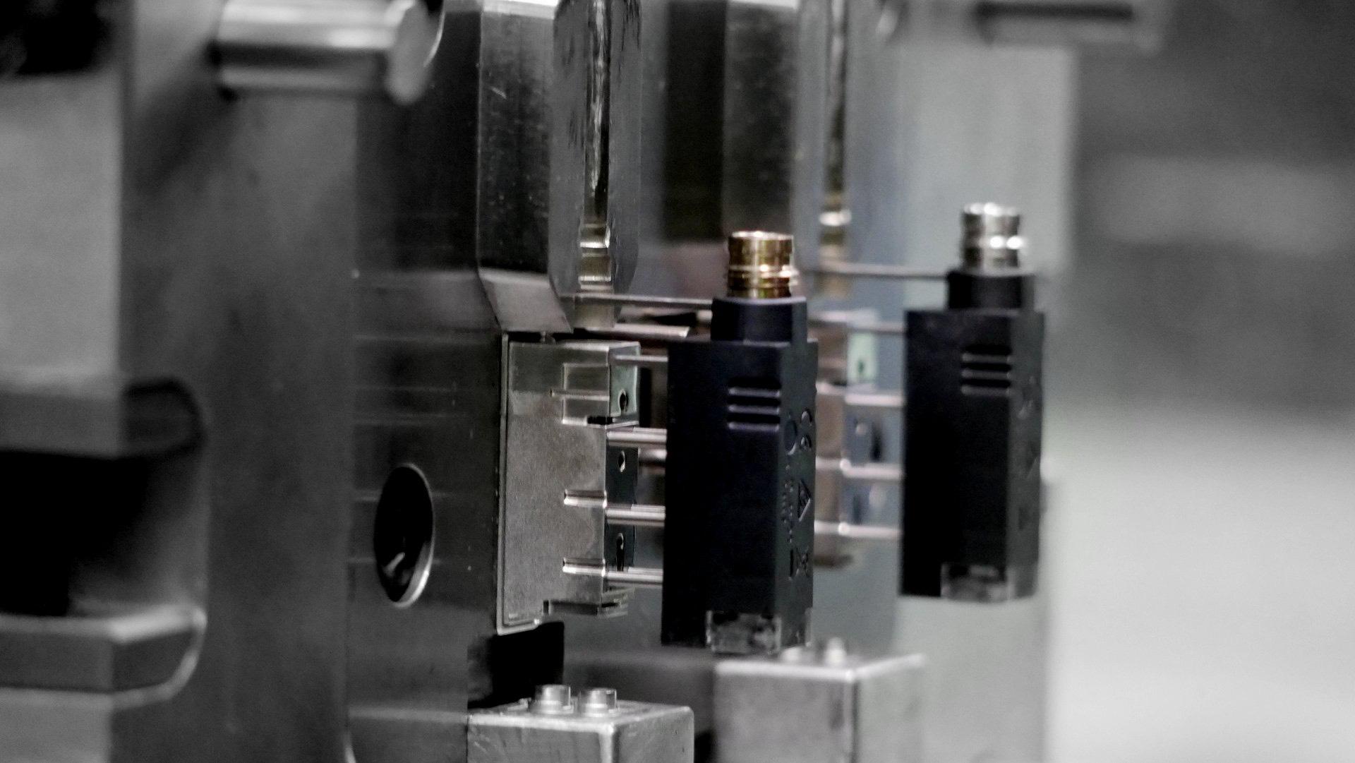Tecnomatic microcomponenti
